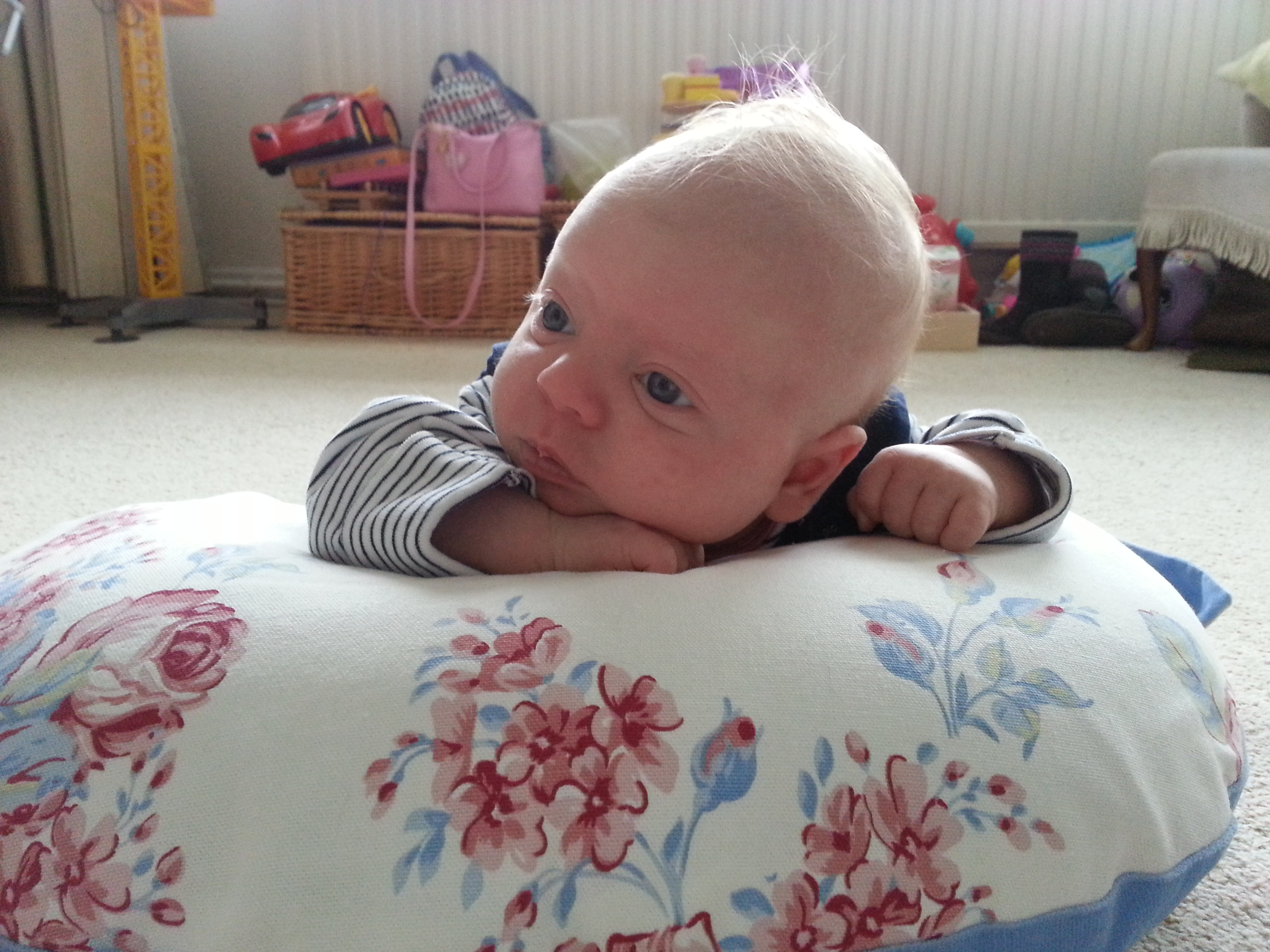 large feeding pillow baby tummy time