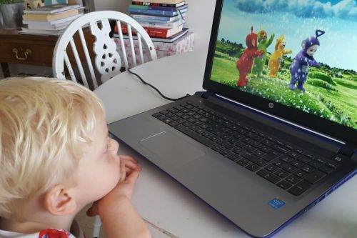 Teletubbies Tubby Snowball DVD review