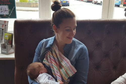 5 fashion tips for breastfeeding mums